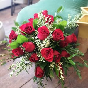 Dozen Long Stemmed Red Roses